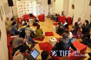 Anul trecut, cea mai spectaculoasă discuţie de la TIFF Lounge i s-a datorat regizorului şi scenaristului Răzvan Rădulescu. Foto: Nicu Cherciu/TIFF